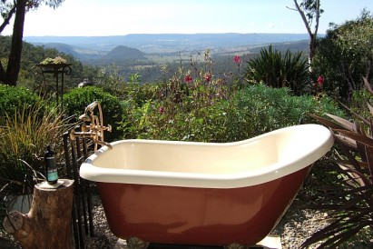 luxurious outdoor bath